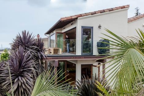 Ventura Hillside House-4