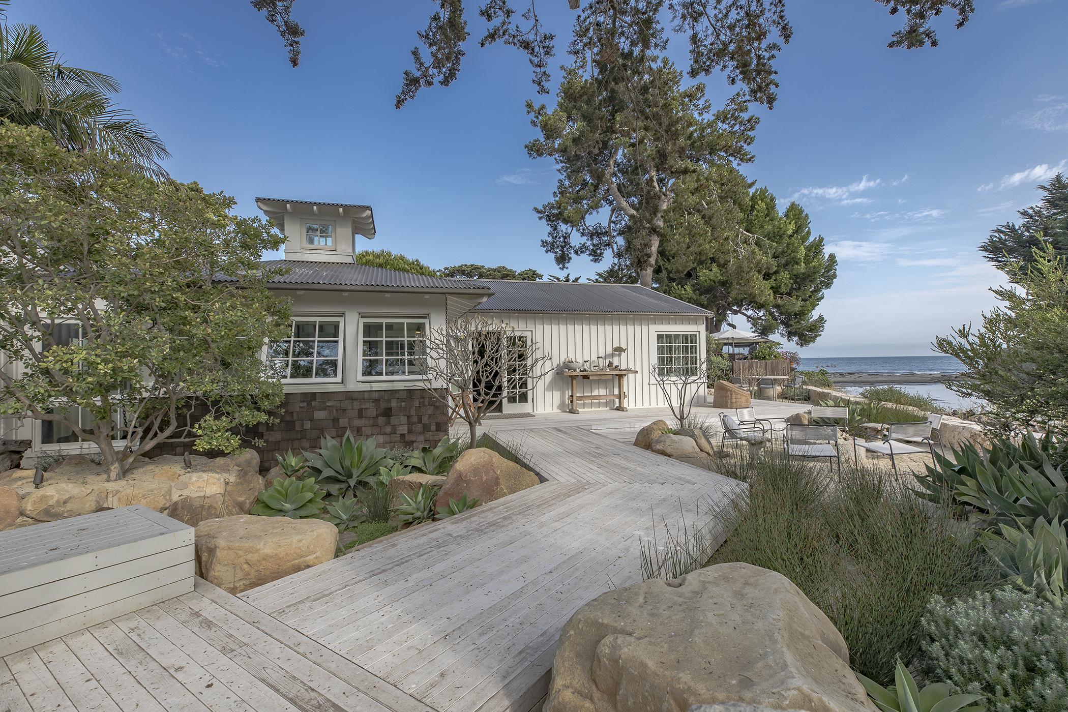 Contemporary California Surf Shack | CJ Paone AIA | Ventura CA Architect